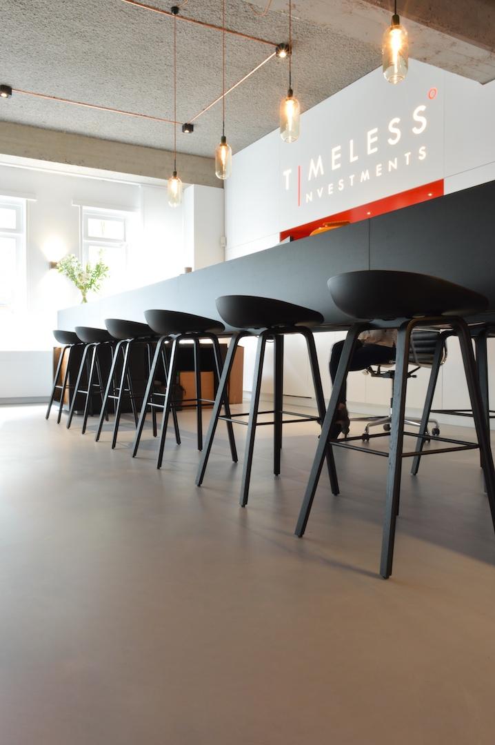 Design gietvloer op kantoor