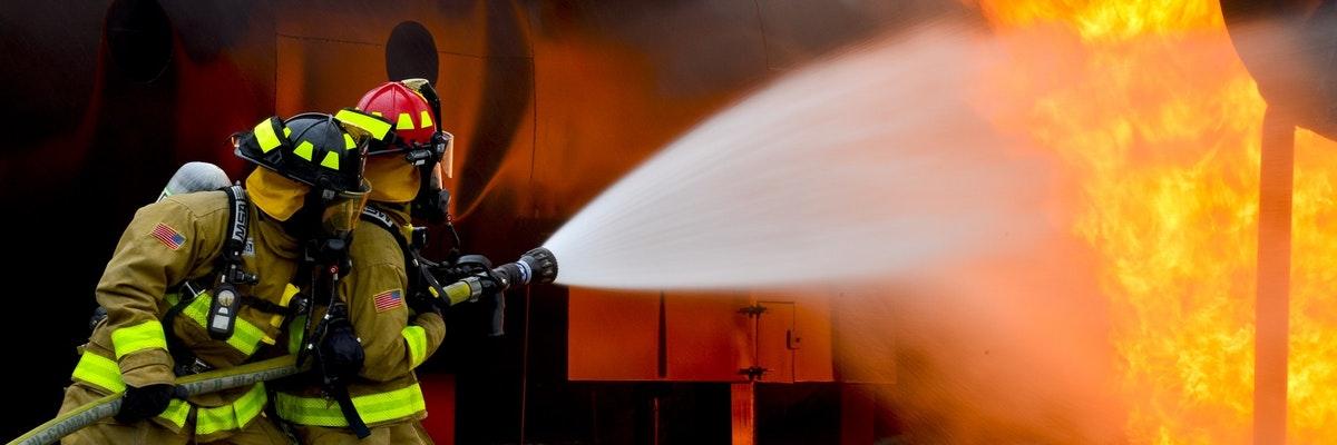 Met welk type brandblusser blus je het best een keukenbrand?