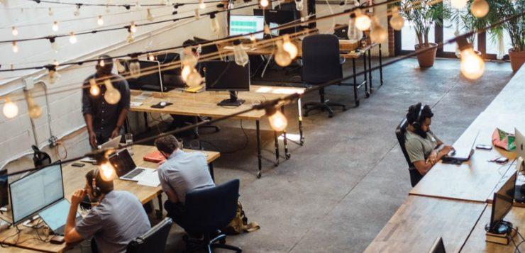5 manieren om een ergonomische kantoorinrichting te financieren