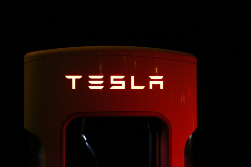Tesla begon niet bij Elon Musk, maar in de garage van Martin  Eberhard